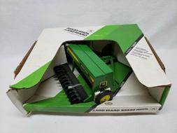 1/16 Ertl John Deere Grain Drill in box 1992