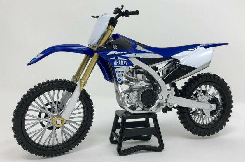 Yamaha YZ450F 2017 1/12 Motorcycle Dirt Bike Toy by 57983